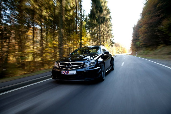 low_KW_Mercedes_AMG_Coup%C3%A9_63_BS_003.jpg