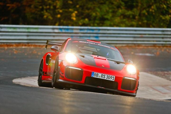 Manthey_Porsche911GT2RSMR_KW_Blog_003.jpg