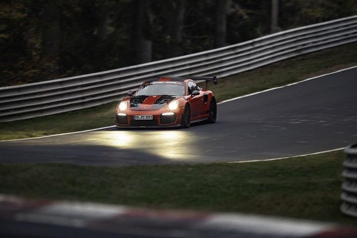 Manthey_Porsche911GT2RSMR_KW_Blog_006.jpg