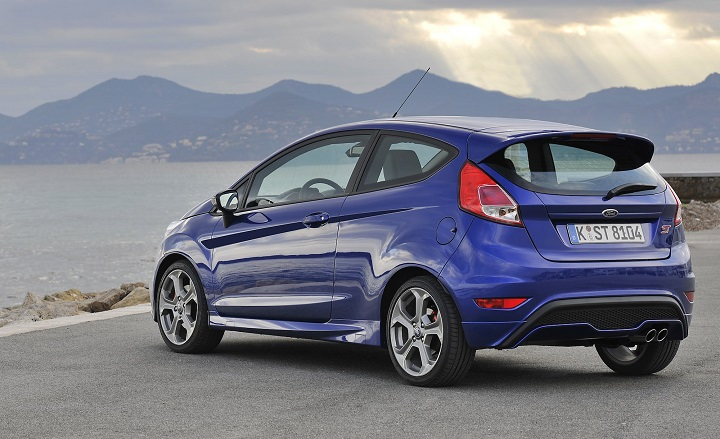 Ford-Fiesta-ST-static-rear-side.jpg
